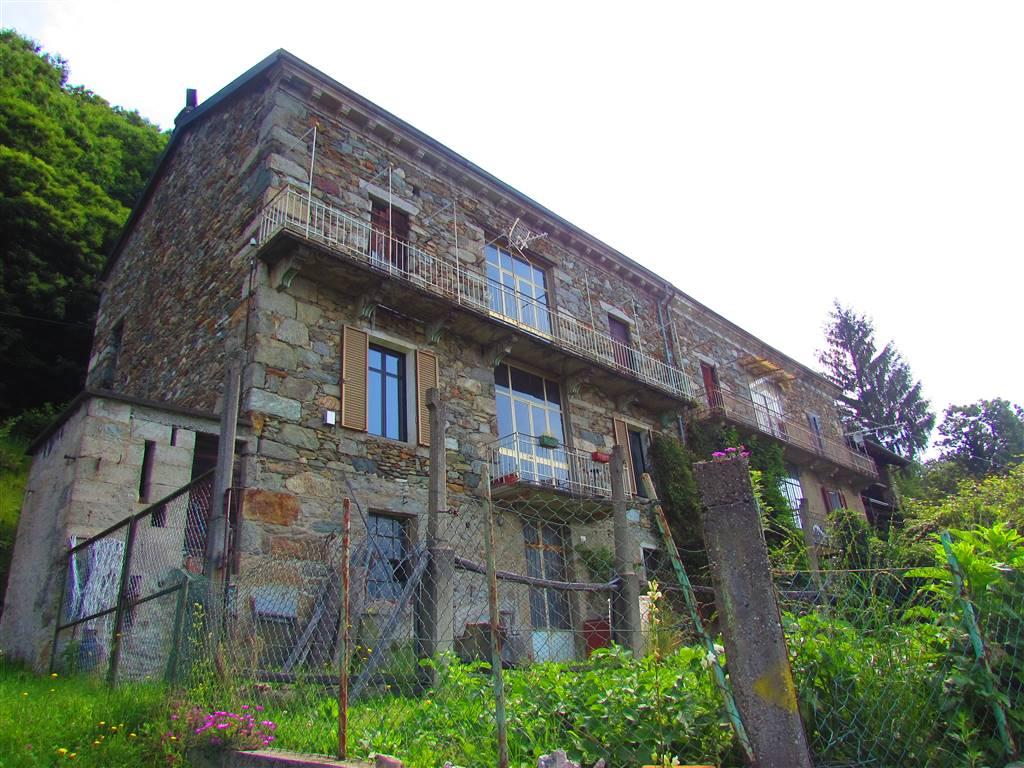 Casa semi indipendente in Regione Riduta 1, Andrate