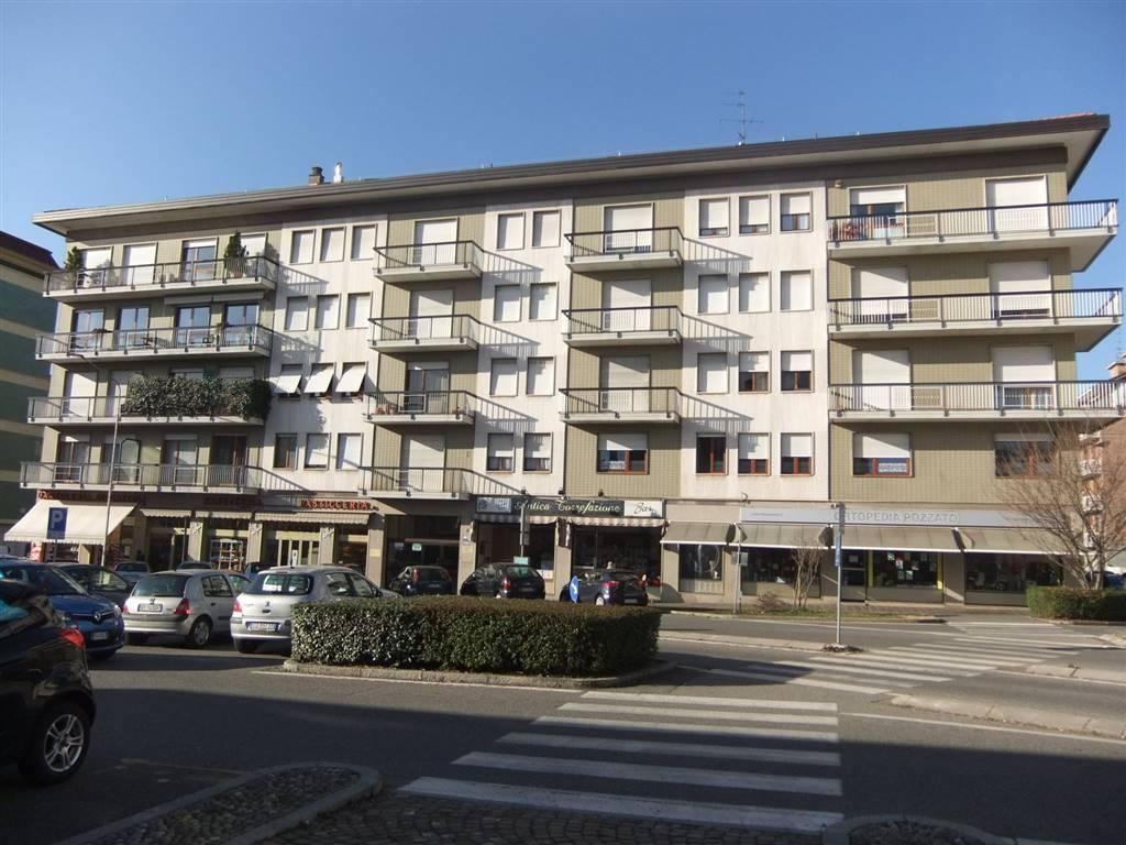 Quadrilocale in Via Tancredi Galimberti  2, Centro, Biella
