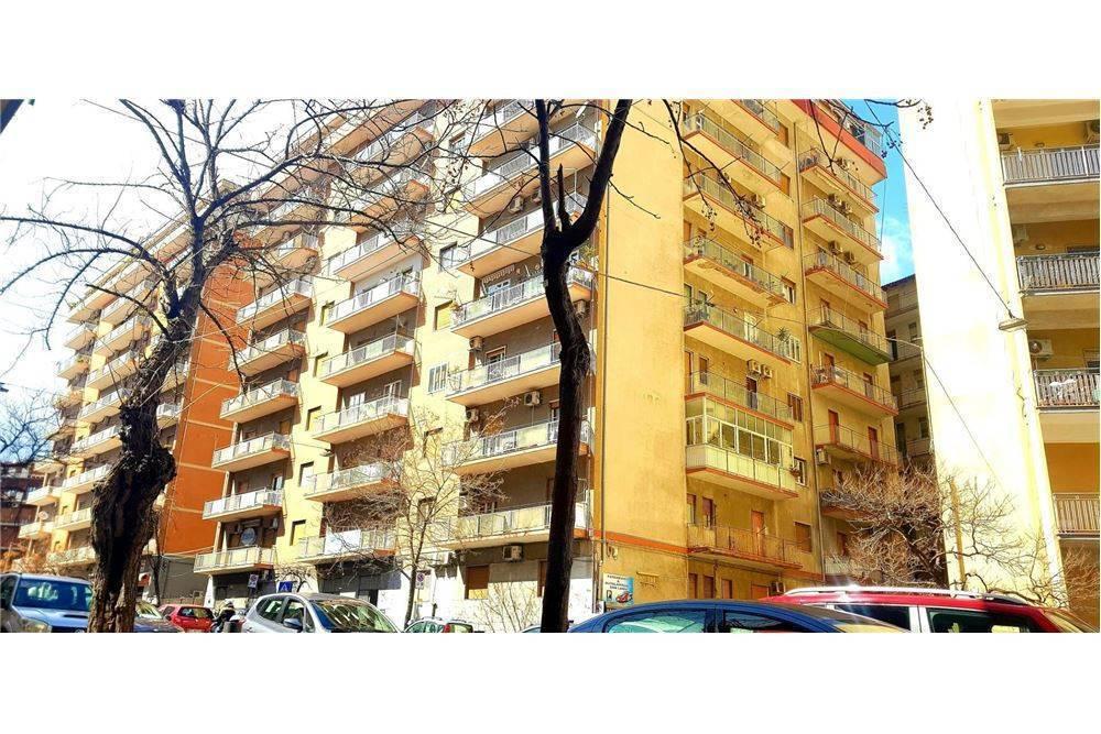 Trilocale in Viale Mario Rapisardi, 198, Viale M. Rapisardi - Lavaggi, Catania