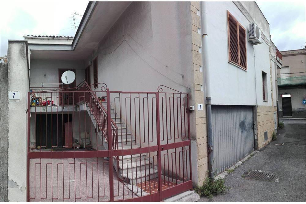 Casa singola in Via San Giovanni Battista, 133, Galermo, Catania