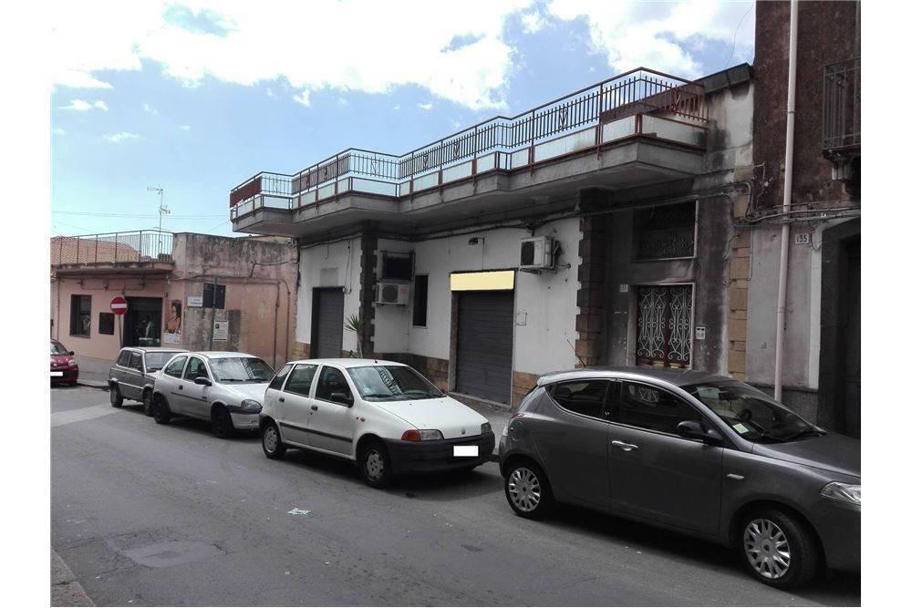 Negozio in Via San Giovanni Battista, 129, Galermo, Catania