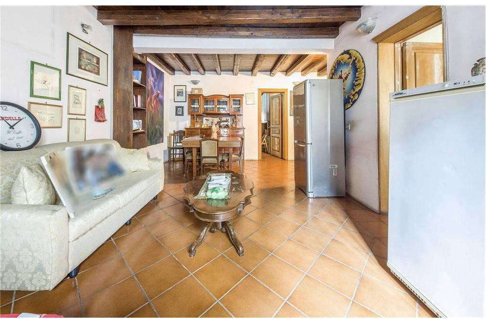 Casa singola, Via P. Nicola - Picanello, Catania