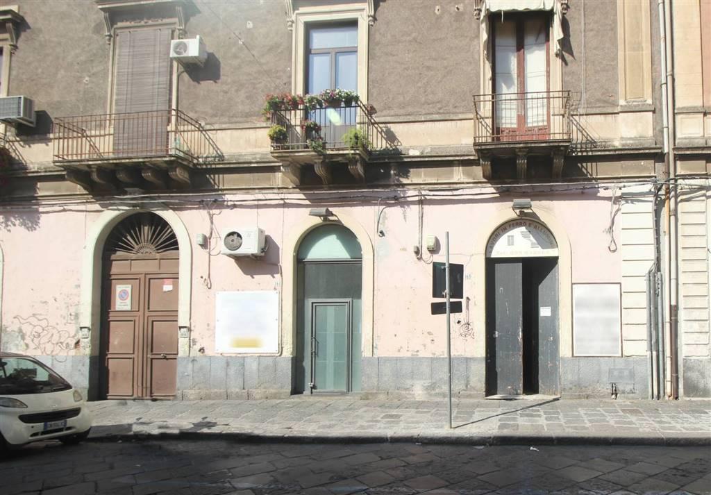 Laboratorio, Catania, da ristrutturare