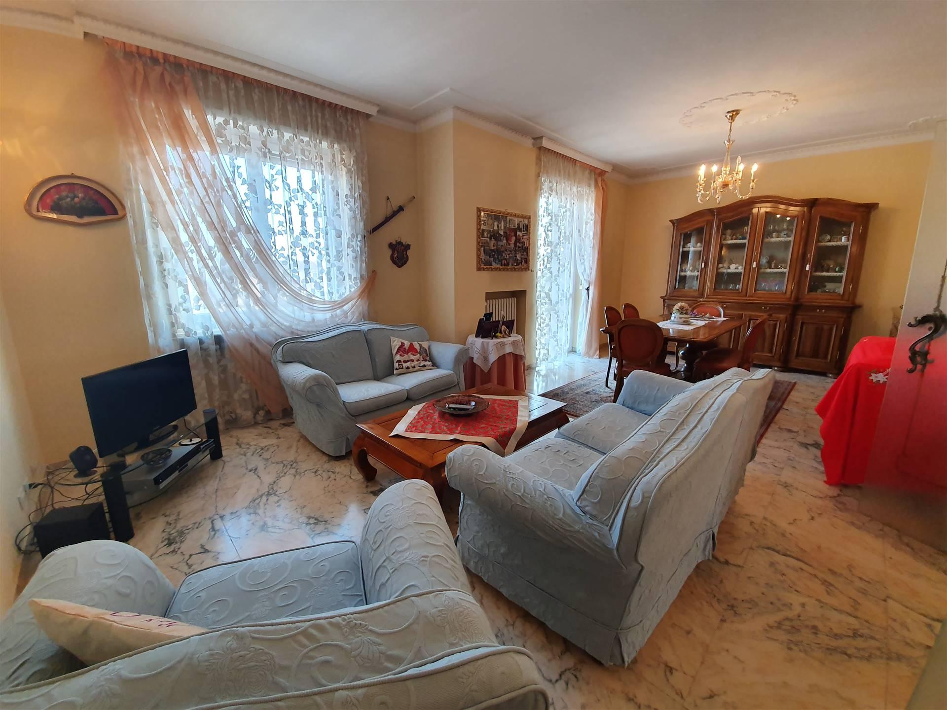 Appartamento in vendita a Orbassano, 6 locali, prezzo € 239.000 | PortaleAgenzieImmobiliari.it