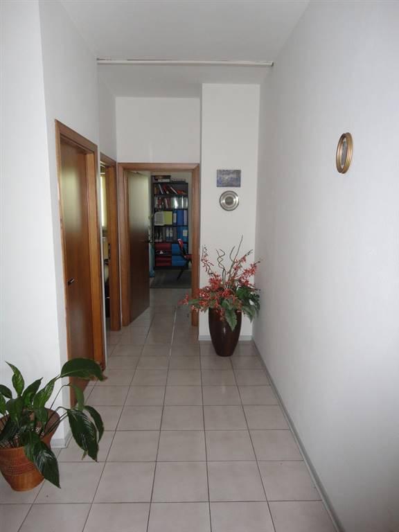 corridoio centrale •id:311029