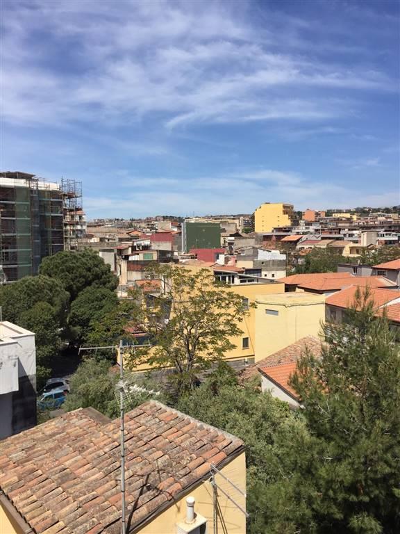 Bilocale, Catania, da ristrutturare