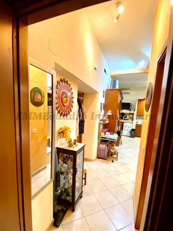 Appartamento in vendita a Terracina, 3 locali, prezzo € 149.000   CambioCasa.it