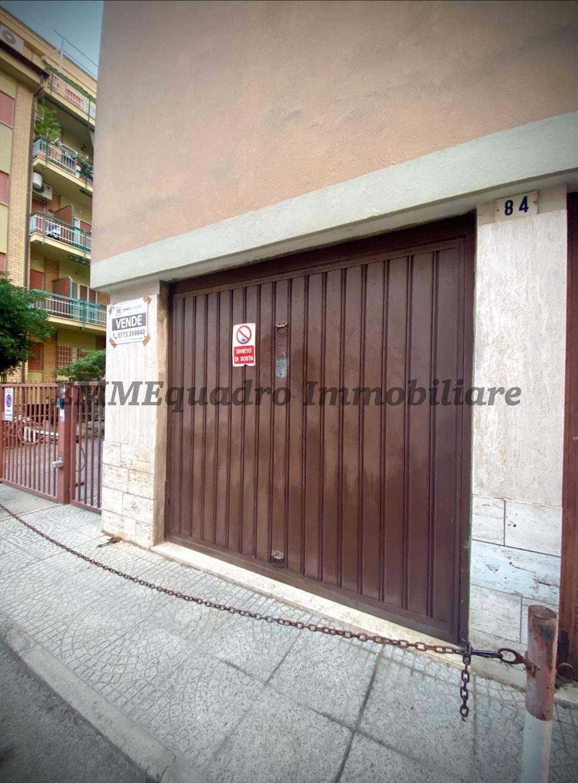 Magazzino in vendita a Terracina, 1 locali, prezzo € 43.000   CambioCasa.it