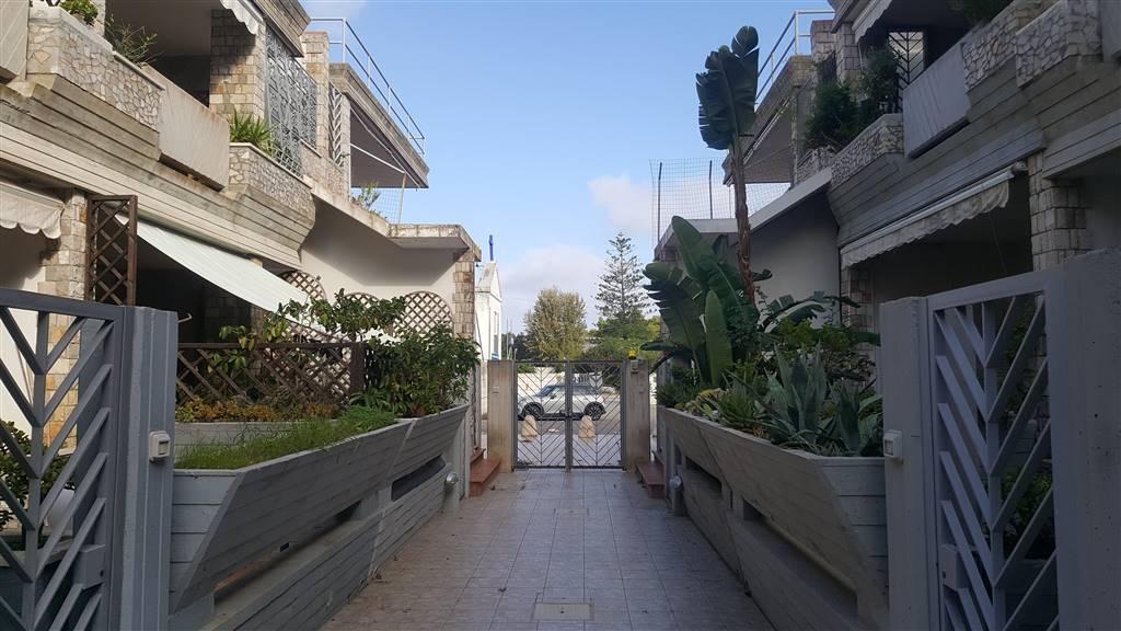 Trilocale in Via Valona, Lecce