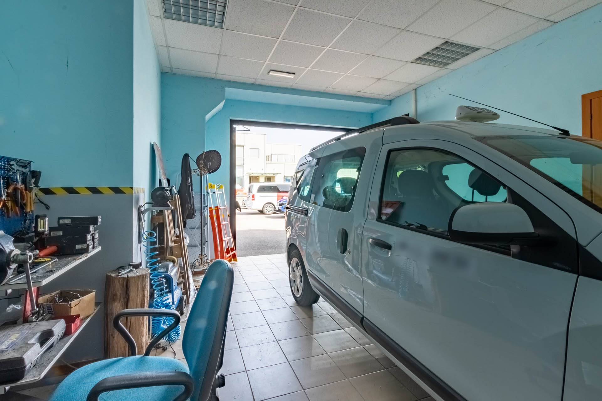 Ufficio/garage