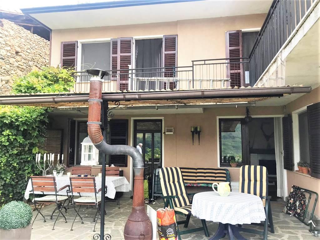 Casa semi indipendente in Frazione Cerea 7, Donato
