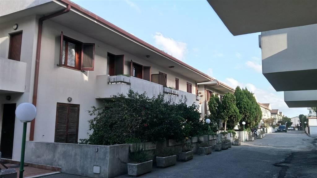 Appartamento in vendita a Messina, 3 locali, zona Località: ORTO LIUZZO / RODIA, prezzo € 65.000   CambioCasa.it