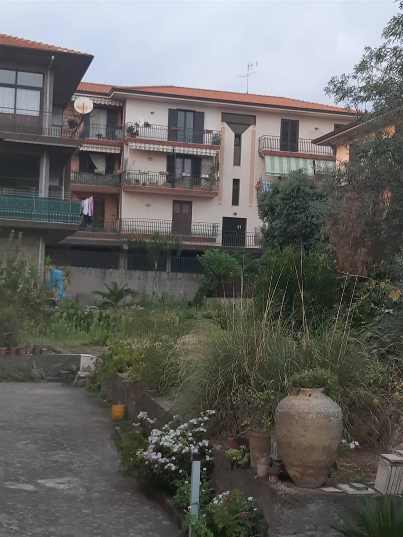 Appartamento in vendita a Pedara, 3 locali, prezzo € 95.000 | CambioCasa.it