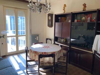 Appartamento in vendita a Legnano, 3 locali, prezzo € 63.000   CambioCasa.it