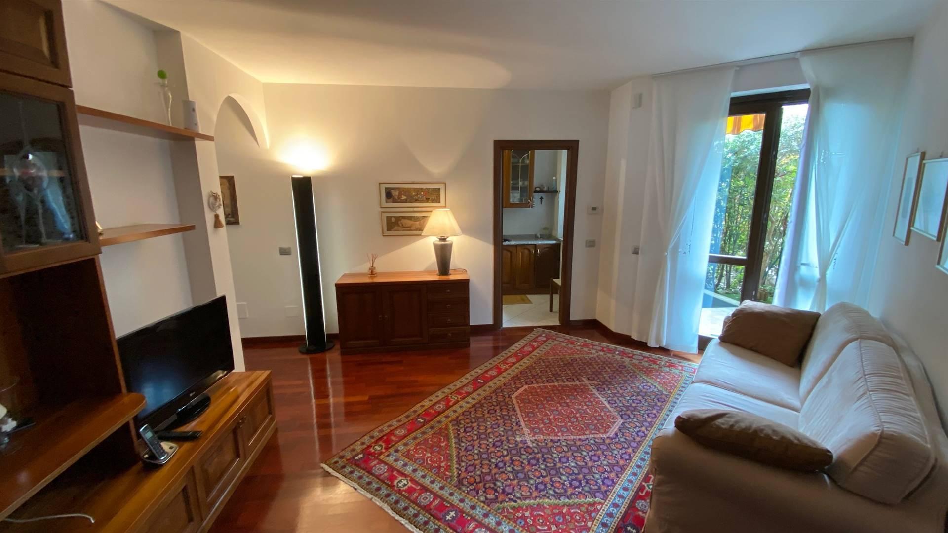 Appartamento in affitto a Solbiate Olona, 2 locali, prezzo € 600 | PortaleAgenzieImmobiliari.it