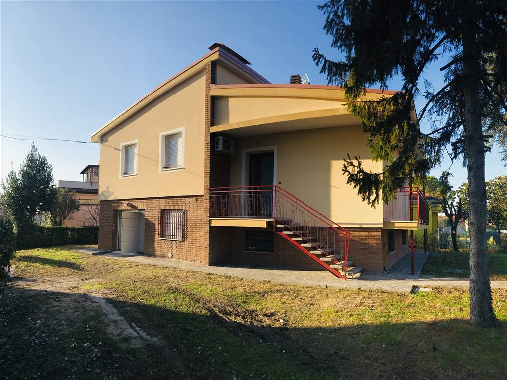 Casa singola, Rimini, ristrutturata