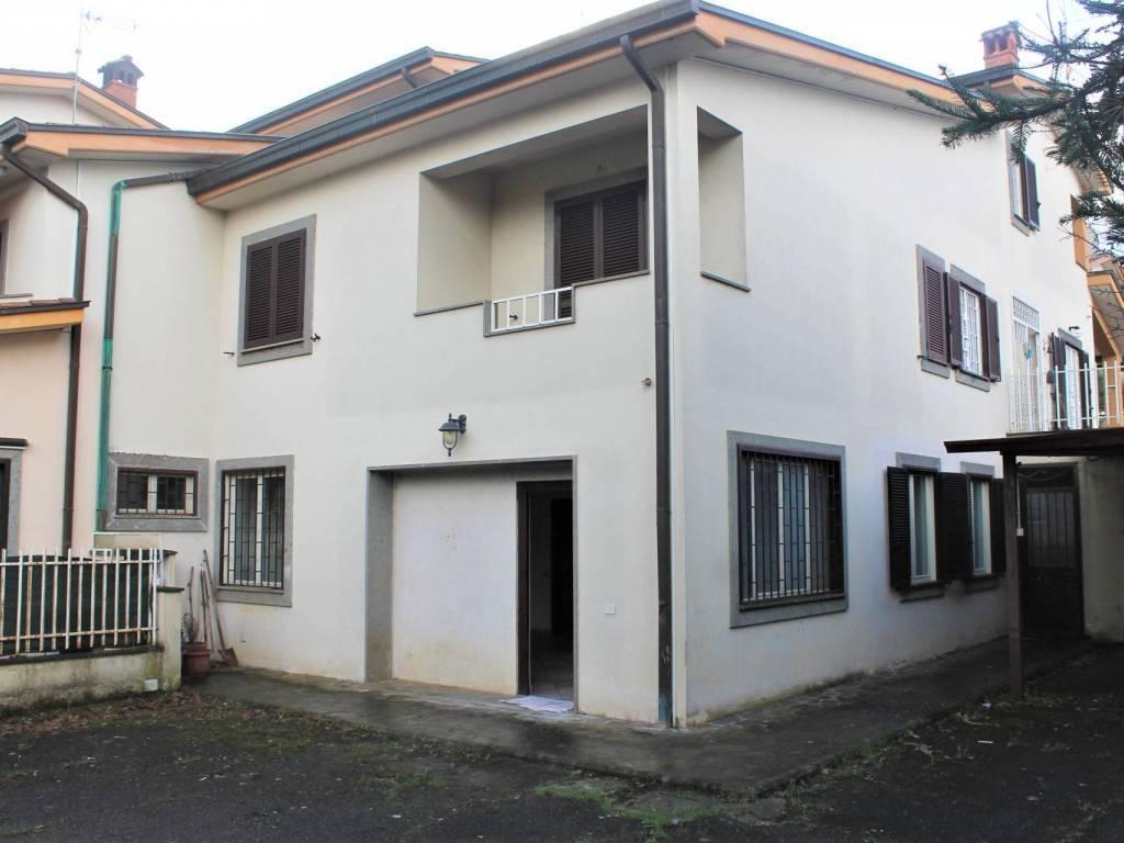 Ufficio / Studio in vendita a Gallicano nel Lazio, 9999 locali, prezzo € 69.000 | CambioCasa.it