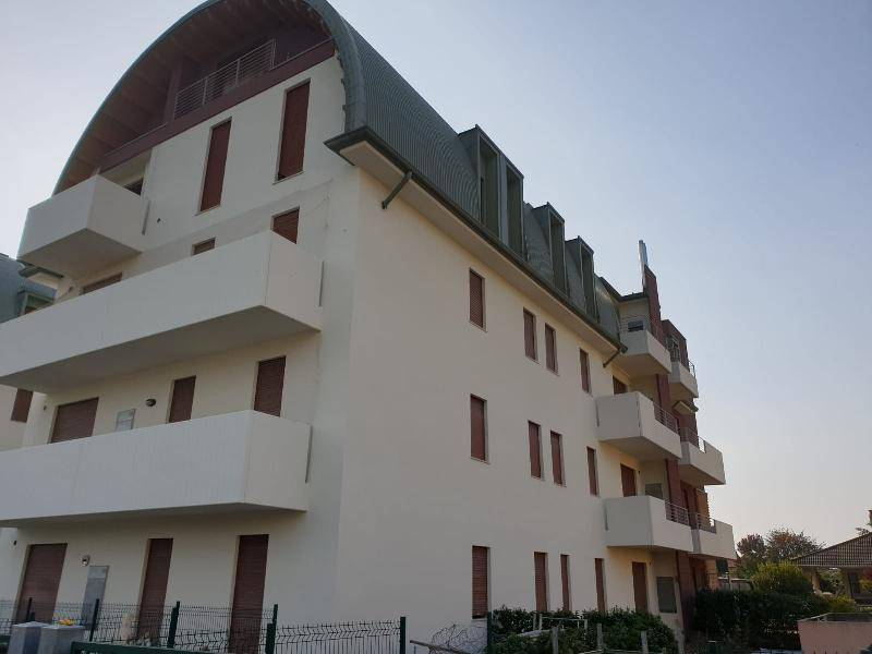 Appartamento in vendita a Monticello Conte Otto, 3 locali, prezzo € 127.500   PortaleAgenzieImmobiliari.it
