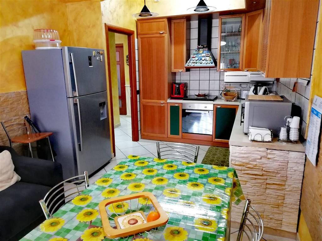 Altra visuale della cucina abitabile