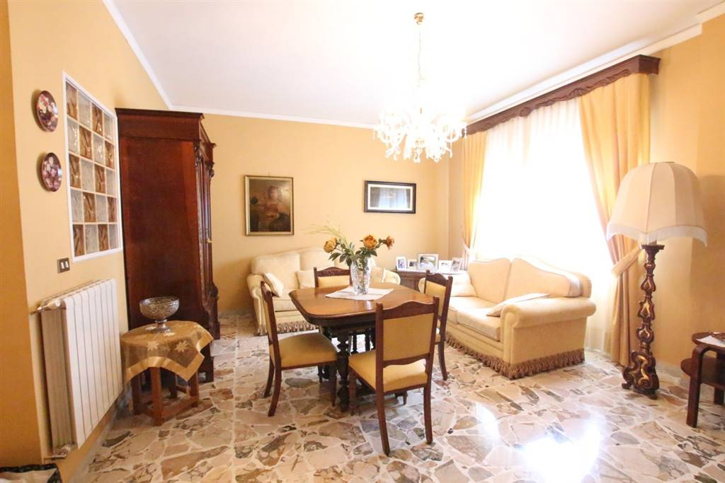Appartamento in Via Vincenzo Bellini, Sant'agata Li Battiati