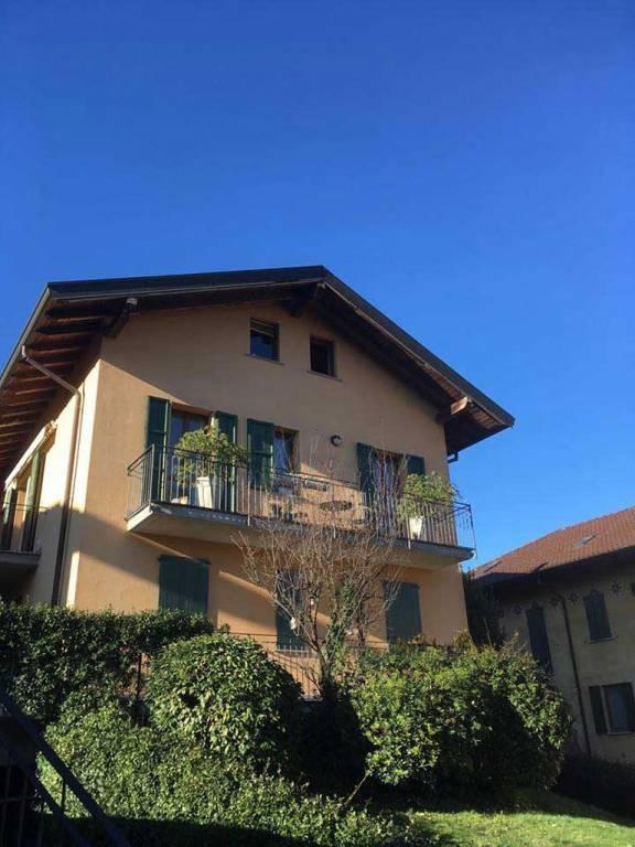 Vendita Loft Appartamento Azzate     246294