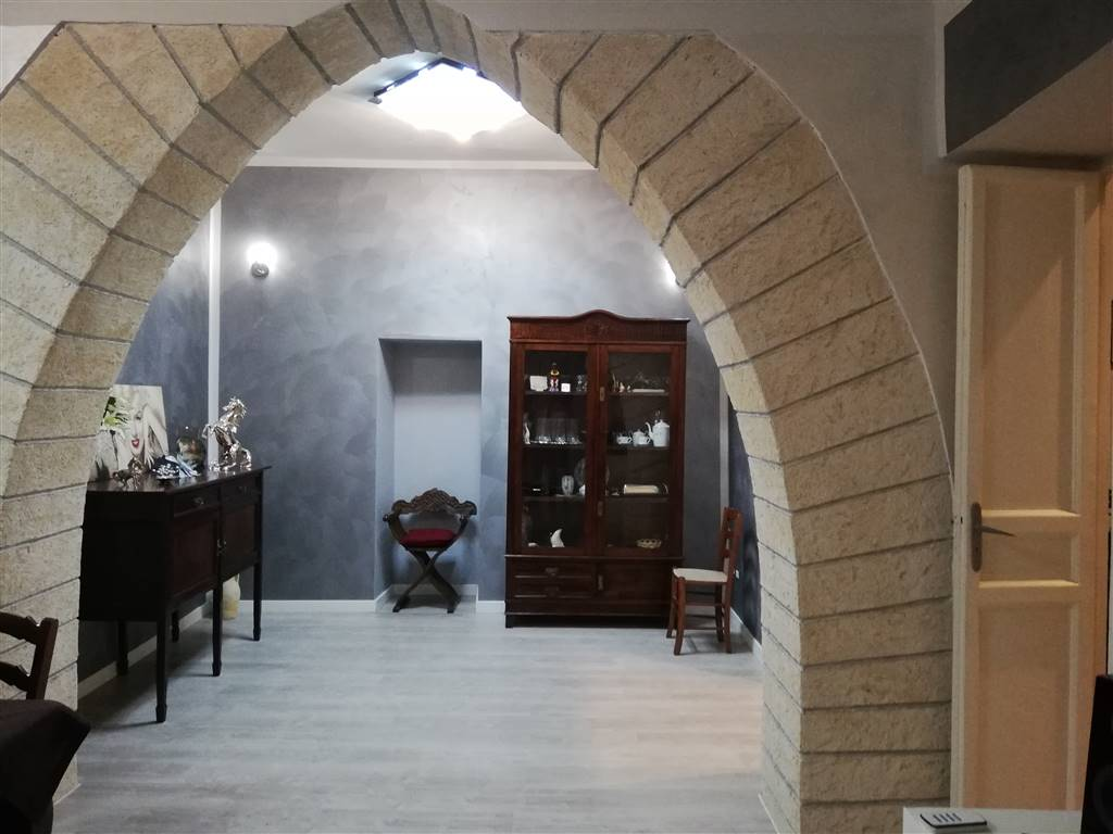 CENTRO STORICO, PALERMO, Apartment for rent of 70 Sq. mt., Excellent Condition, Heating Individual heating system, Energetic class: G, Epi: 57,28