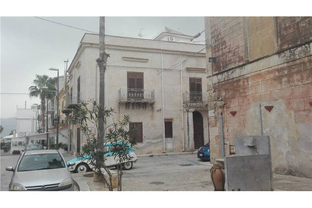 BALESTRATE, Office for rent of 80 Sq. mt., Energetic class: G, Epi: 443 kwh/m3 year, placed at Ground on 2, composed by: 5 Rooms, Price: € 300