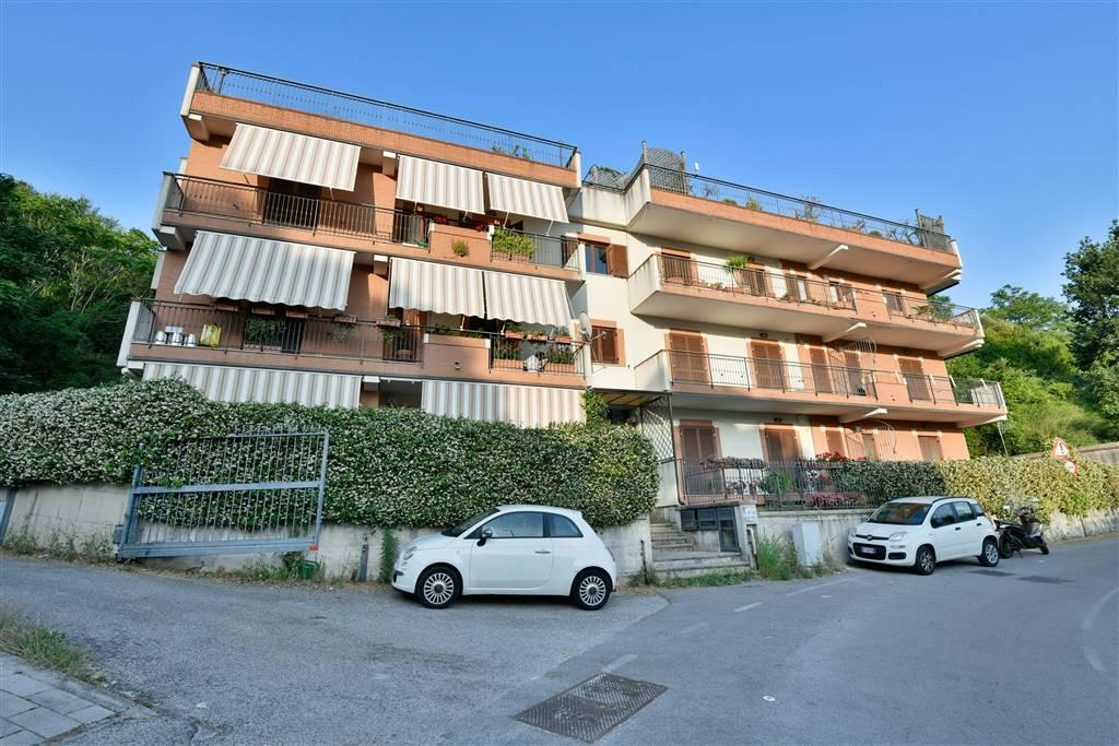 Bilocale in Via Panoramica 23 Ter, Ginestre , Sala Abbagnano , Panoramica , Casa Manzo, Salerno