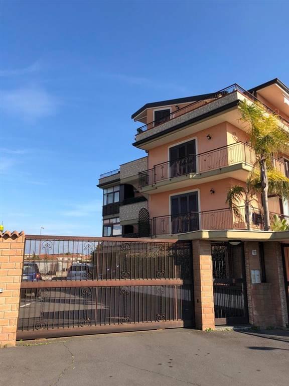 Attico / Mansarda in vendita a Catania, 3 locali, zona Località: SAN GIOVANNI DI GALERMO, prezzo € 120.000 | PortaleAgenzieImmobiliari.it