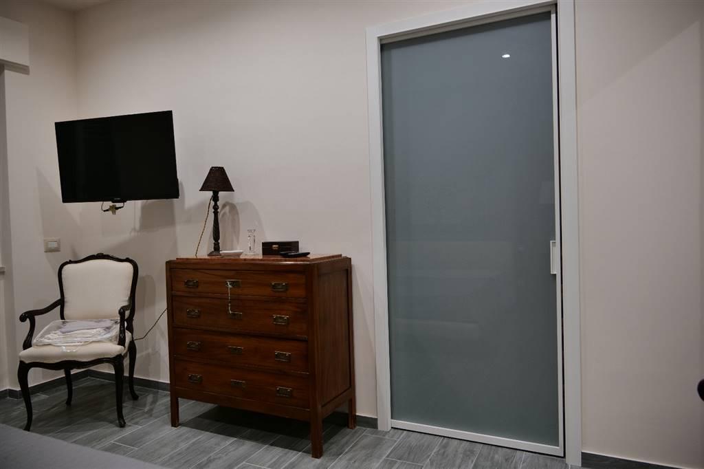 camera matrimoniale con cabina armadio