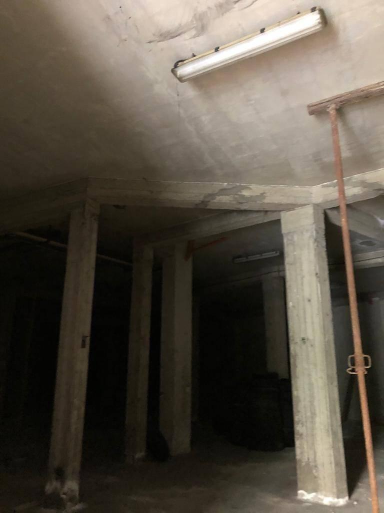 Altezza soffitti 4,20 mt