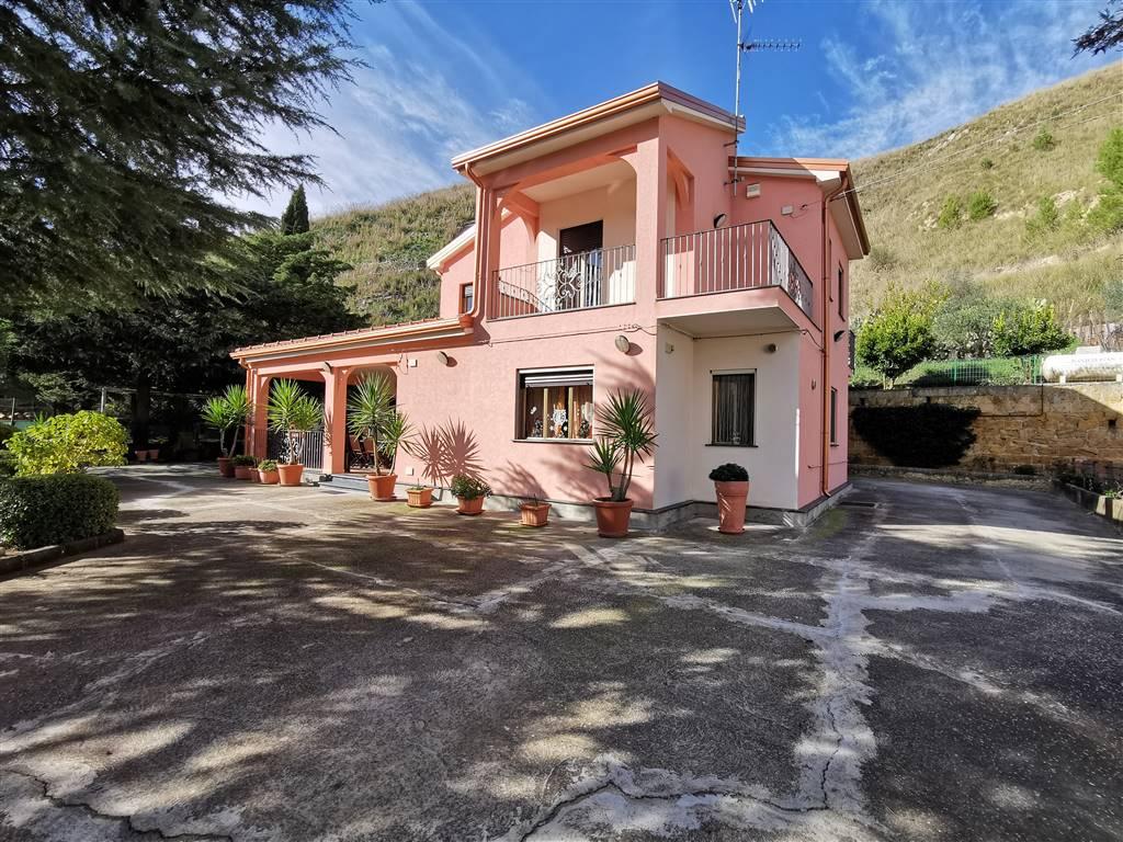 Villa in Strada Statale 117 Snc, Enna Bassa Periferia, Enna