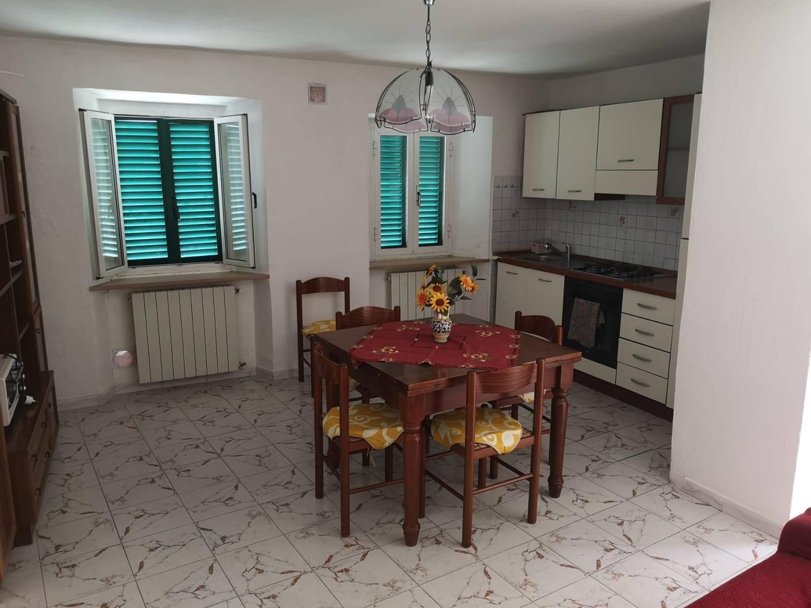 MARLIANA, Appartamento in affitto di 60 Mq, Ottime condizioni, Riscaldamento Autonomo, Classe energetica: G, Epi: 175 kwh/m2 anno, posto al piano