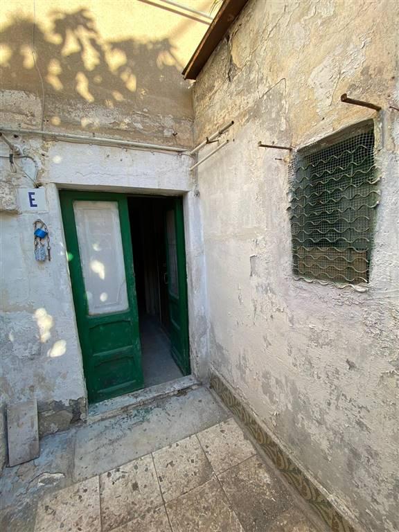 Bilocale in Via Stella 21, Cibali, Catania