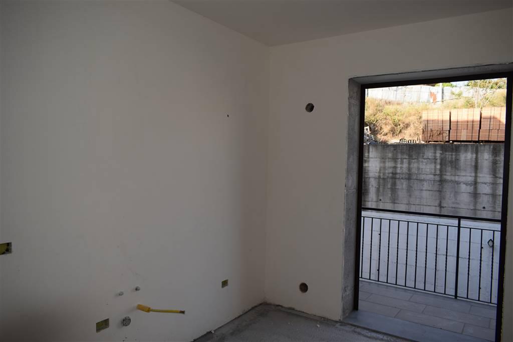 Appartamento indipendente in Via Manzoni, Valverde