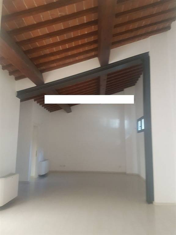 VIALI CIRCONVALLAZIONE, FIRENZE, Business unit for rent of 350 Sq. mt., Excellent Condition, Heating Individual heating system, Energetic class: F,
