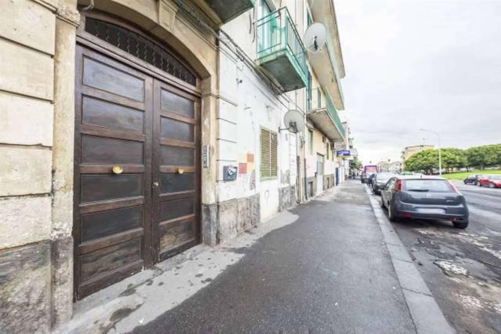 Bilocale in Viale Delle Medaglie D'oro 58, Catania