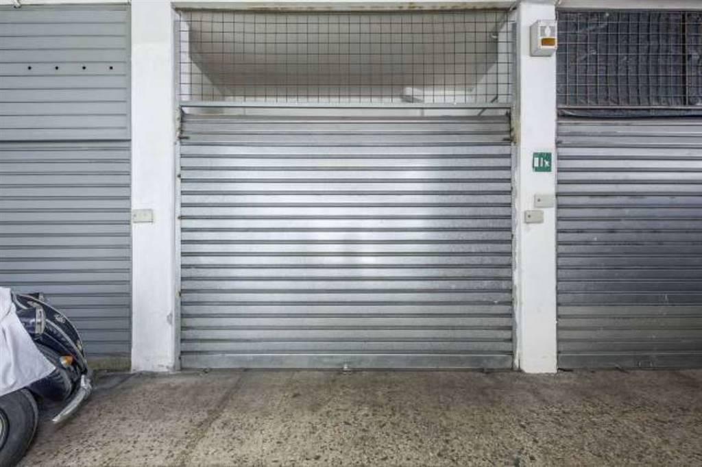 Garage / Posto auto in Via Valverde, Borgo, Catania