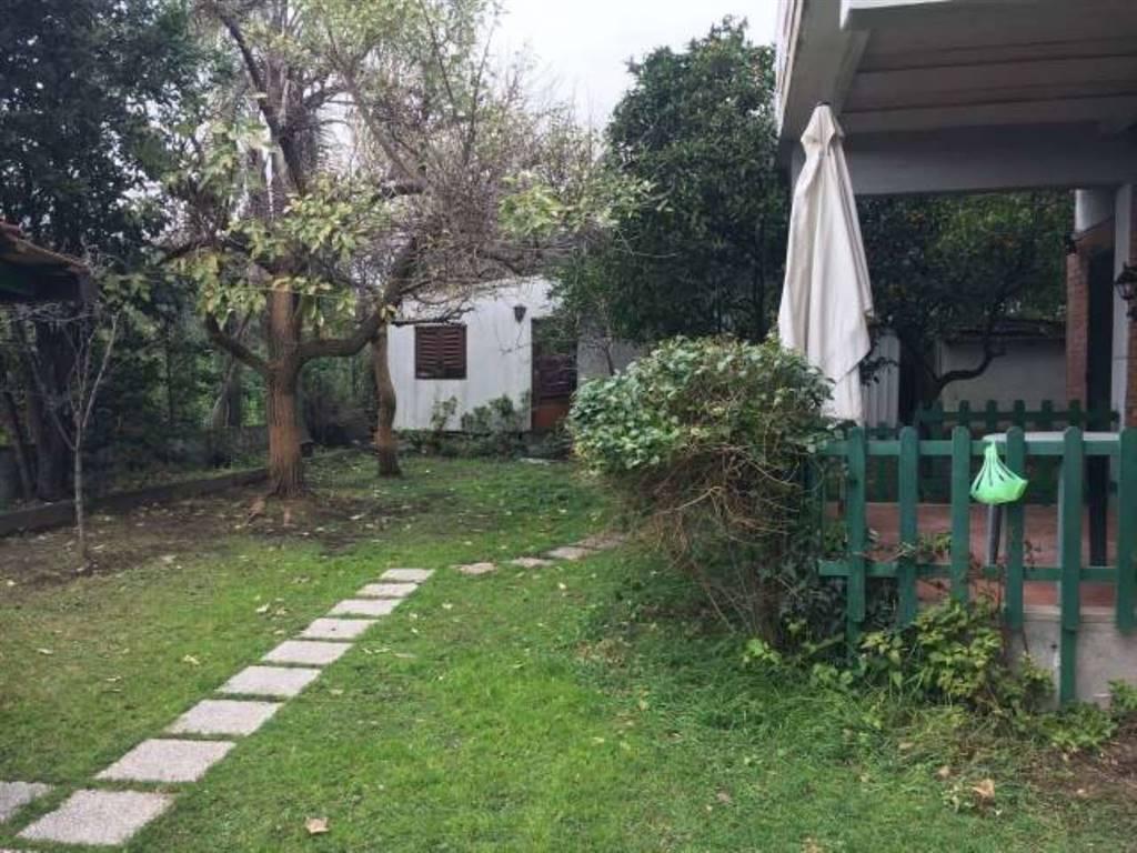 Appartamento in Via Madonna Di Fatima, Sant'agata Li Battiati