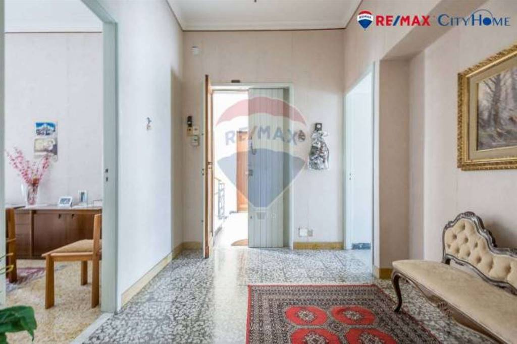 Appartamento in Via Conte Ruggero, Catania