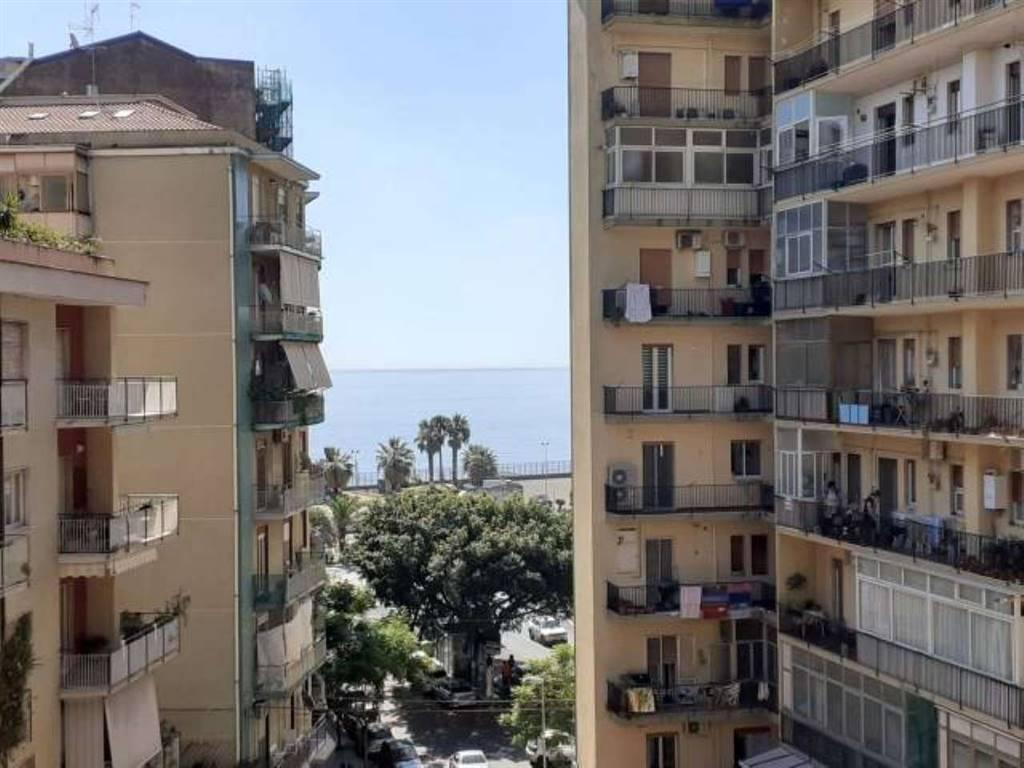 Appartamento in Via Cervignano, Catania