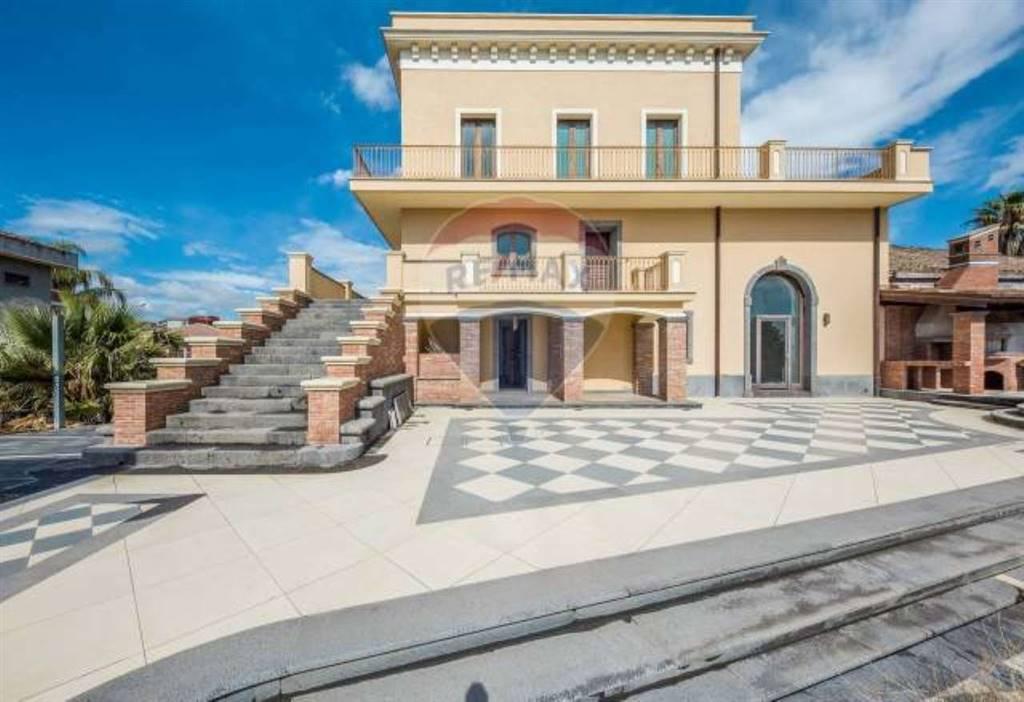 Villa in Via Luigi Capuana, Aci Sant'antonio