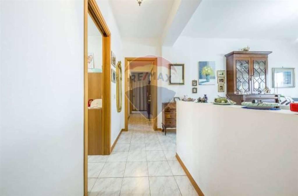 Appartamento in Viale Castagnola 20, San Giorgio , Librino, Catania