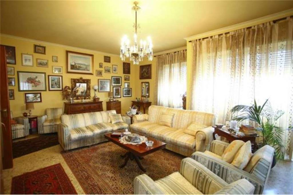Appartamento in Via Gabriele D'annunzio, Catania