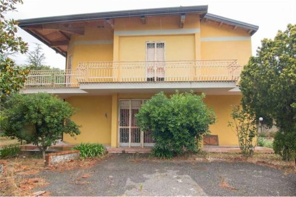 Villa, Mascalucia, da ristrutturare