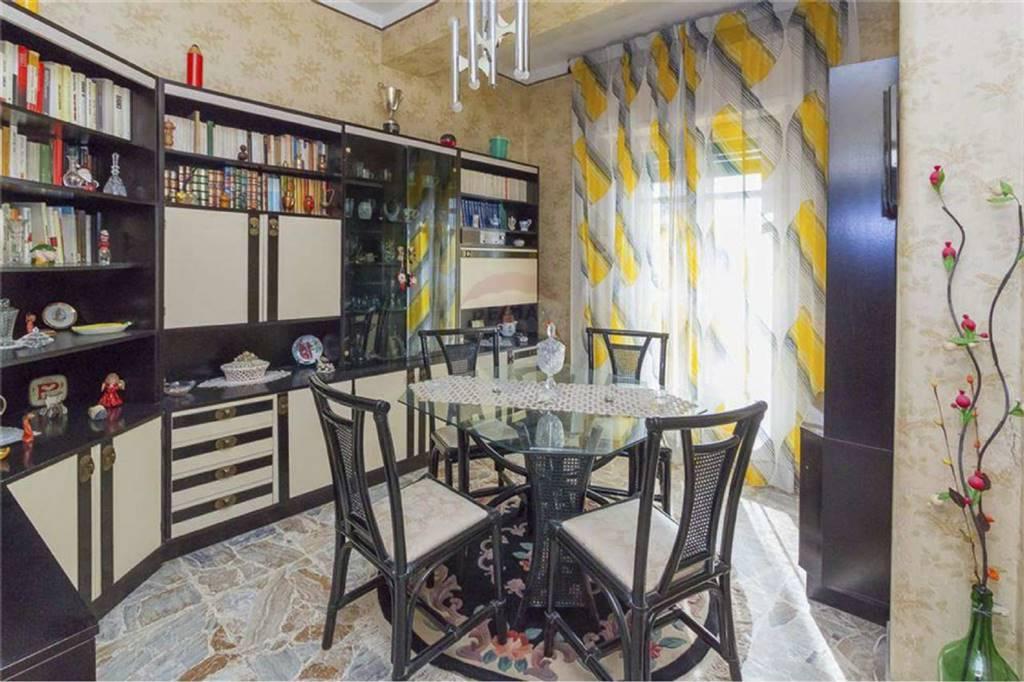 Quadrilocale in Via Via Medaglie D'oro, 40 c 40 c, Catania