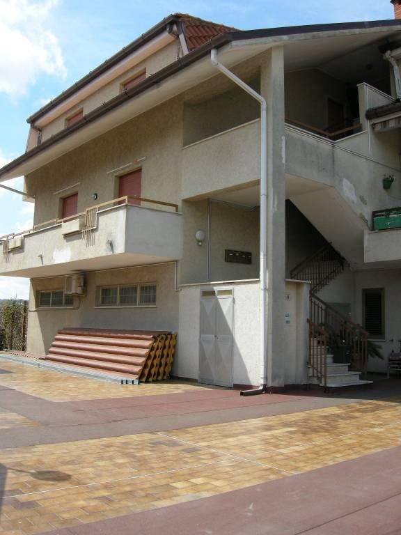 Appartamento in vendita a Lanciano, 3 locali, prezzo € 120.000   CambioCasa.it