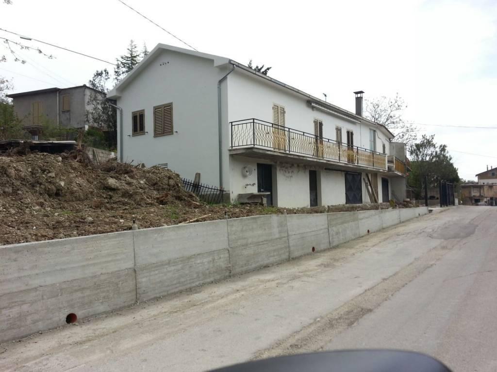 Soluzione Indipendente in vendita a Palombaro, 5 locali, prezzo € 48.000 | CambioCasa.it
