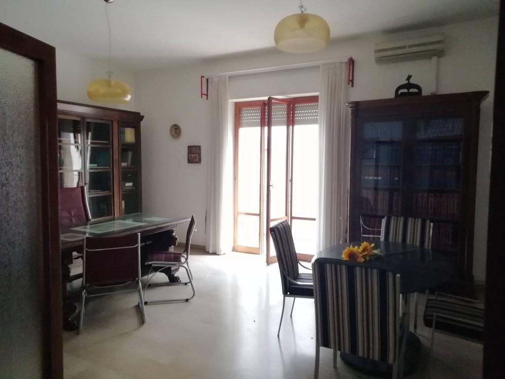 Appartamento in vendita a Ortona, 5 locali, prezzo € 212.000   CambioCasa.it