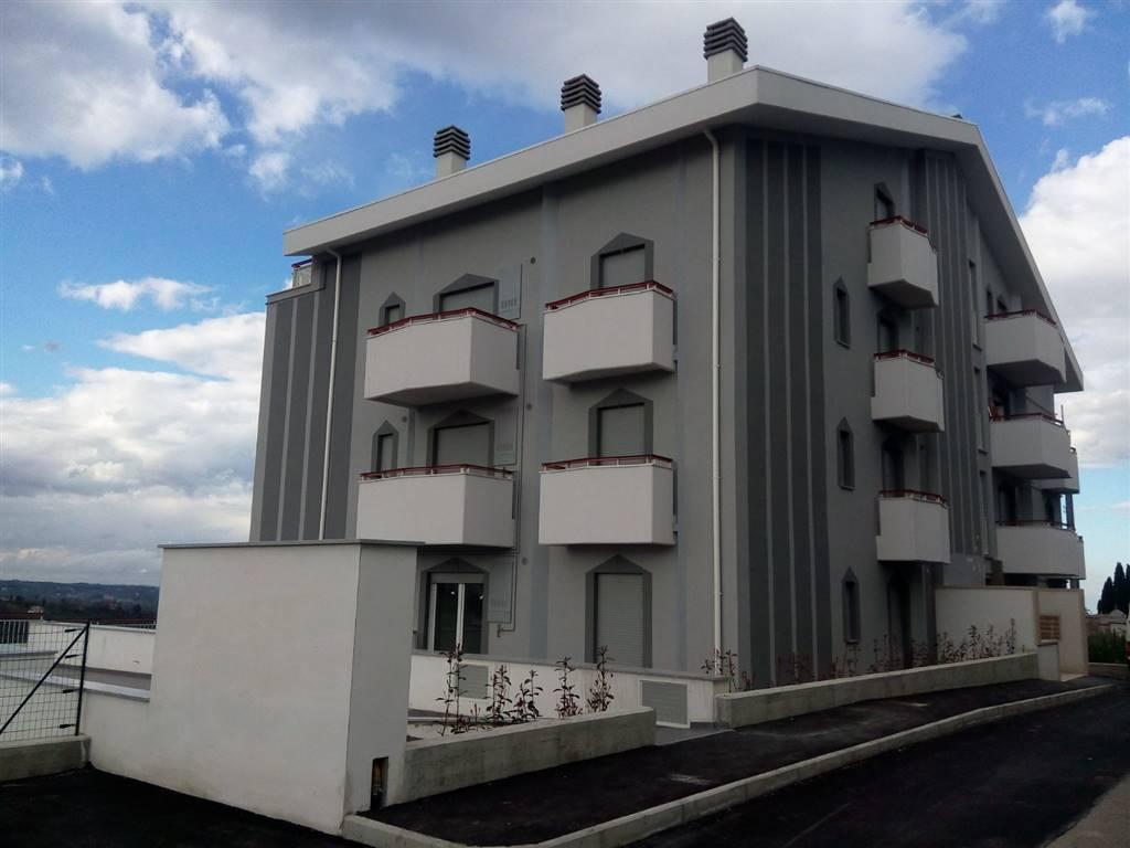 Appartamento in vendita a Castel Frentano, 3 locali, prezzo € 115.000 | CambioCasa.it